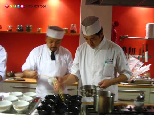 Yamagishi (del restaurante Ginsui) y Terada (del restaurante Mokubei).